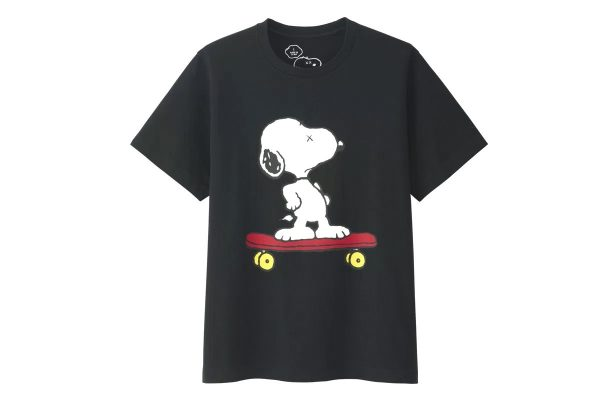 http_hypebeast.com_image_2017_03_kaws-peanuts-uniqlo-ut-collection-complete-look-01