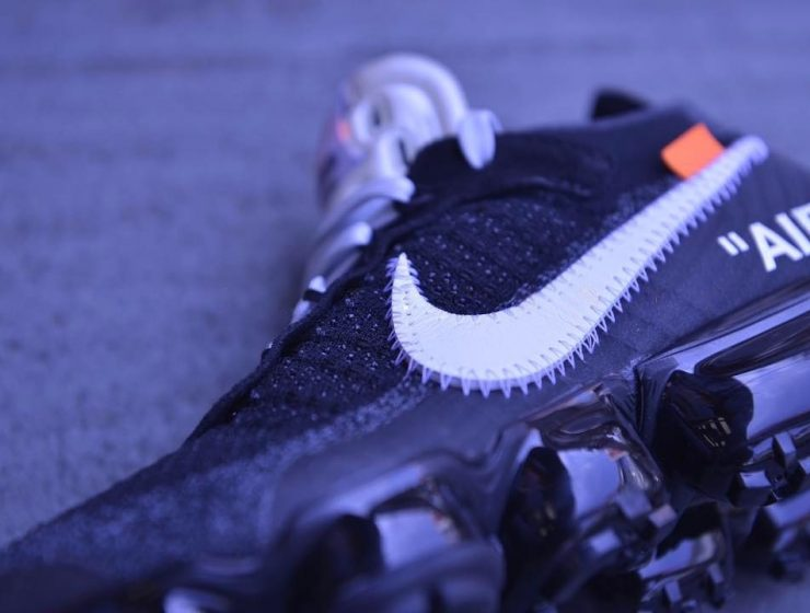 http_hypebeast.com_image_2017_05_off-white-nike-air-vapormax-closer-look-3