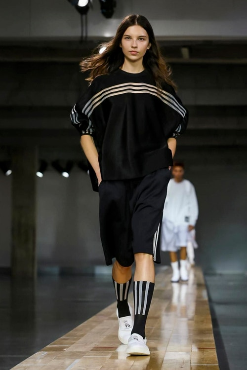 http_hypebeast.com_image_2017_06_y-3-2018-spring-summer-collection-19