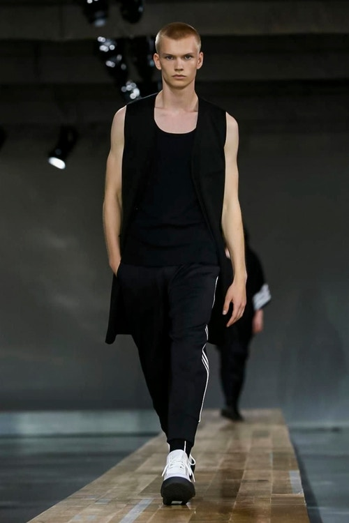 http_hypebeast.com_image_2017_06_y-3-2018-spring-summer-collection-2