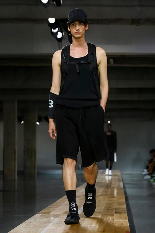 http_hypebeast.com_image_2017_06_y-3-2018-spring-summer-collection-27