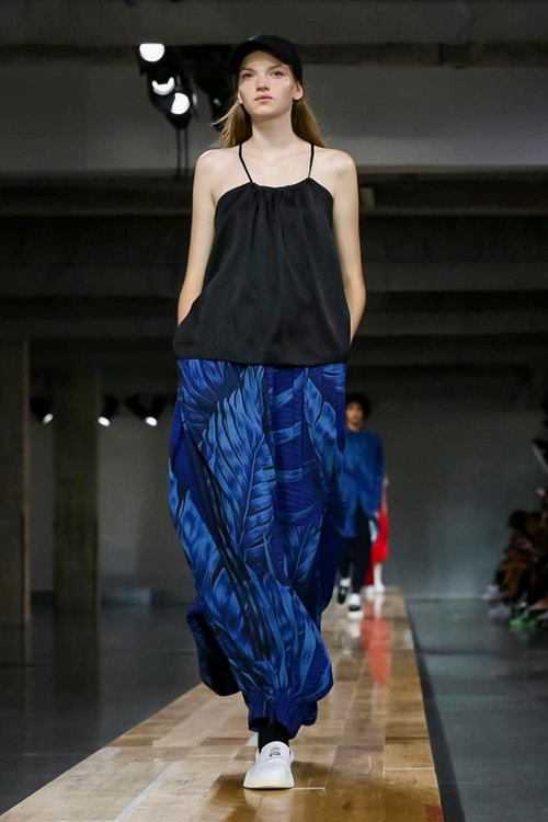 http_hypebeast.com_image_2017_06_y-3-2018-spring-summer-collection-32