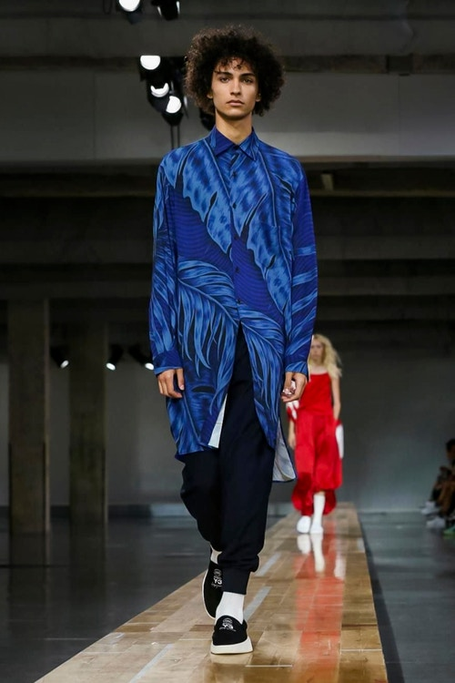 http_hypebeast.com_image_2017_06_y-3-2018-spring-summer-collection-33