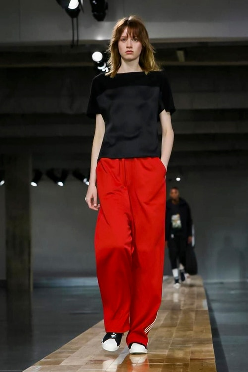 http_hypebeast.com_image_2017_06_y-3-2018-spring-summer-collection-39