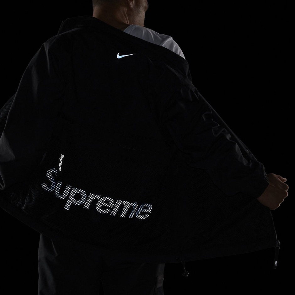supreme-nike-track-jacket-black