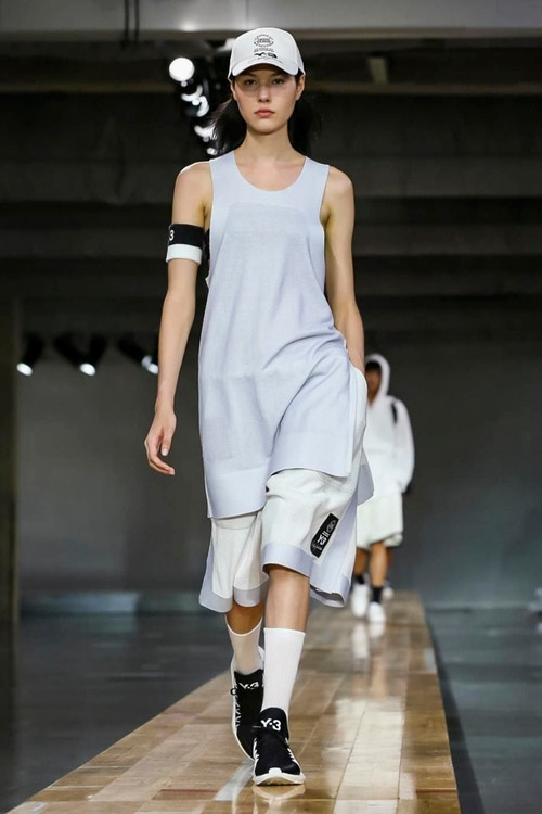 http_hypebeast.com_image_2017_06_y-3-2018-spring-summer-collection-22