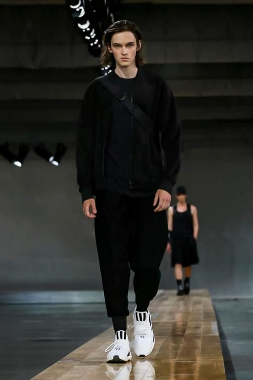 http_hypebeast.com_image_2017_06_y-3-2018-spring-summer-collection-26