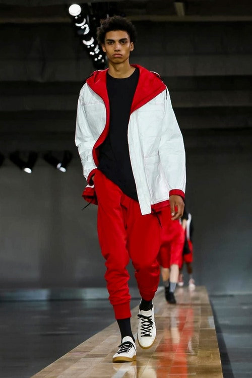 http_hypebeast.com_image_2017_06_y-3-2018-spring-summer-collection-35