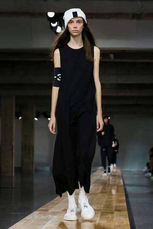 http_hypebeast.com_image_2017_06_y-3-2018-spring-summer-collection-44