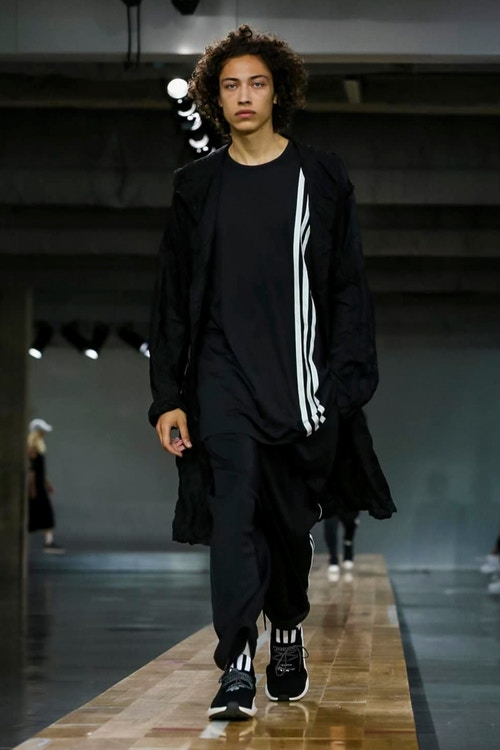 http_hypebeast.com_image_2017_06_y-3-2018-spring-summer-collection-6